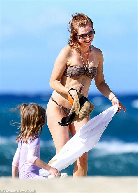 Alyson Hannigan is in high spirits as she enjoys a day at