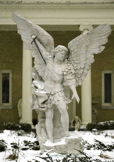 ANGEL PICTURES, PICS, IMAGES AND PHOTOS FOR INSPIRATION