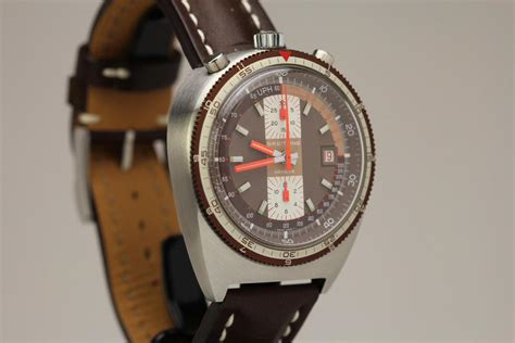 1970 Breitling Bullhead Pupitre Watch For Sale - Mens