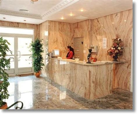 HOTEL TUTO - UPDATED 2019 Reviews & Price Comparison