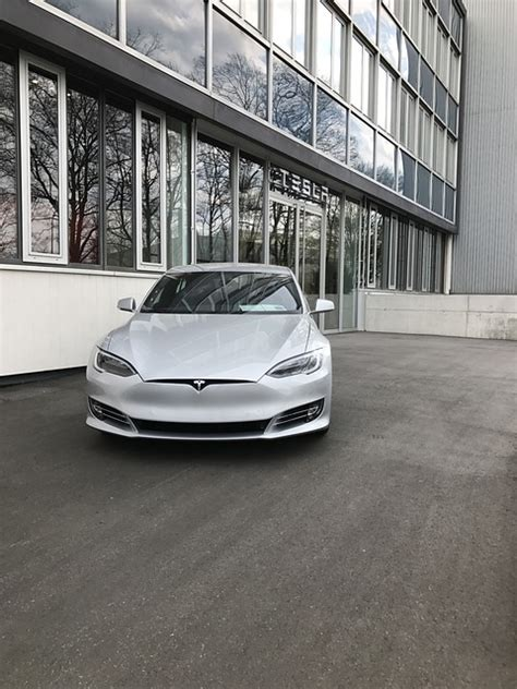 How Much Does A Tesla Battery Cost?