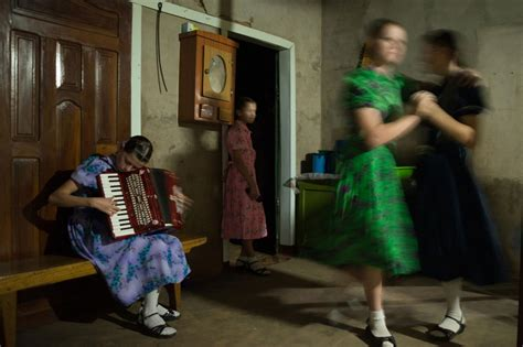 Pictures of Life Inside the Mennonite Colonies of Bolivia