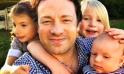 Jamie Oliver shares adorable family selfie | HELLO!