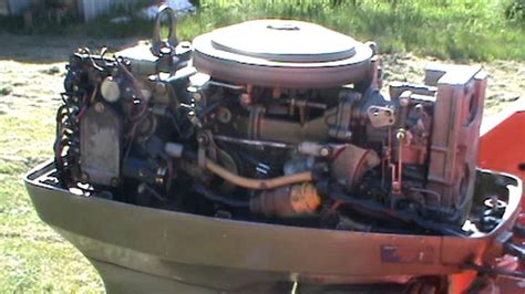 50hp Johnson/Evinrude outboard running - YouTube