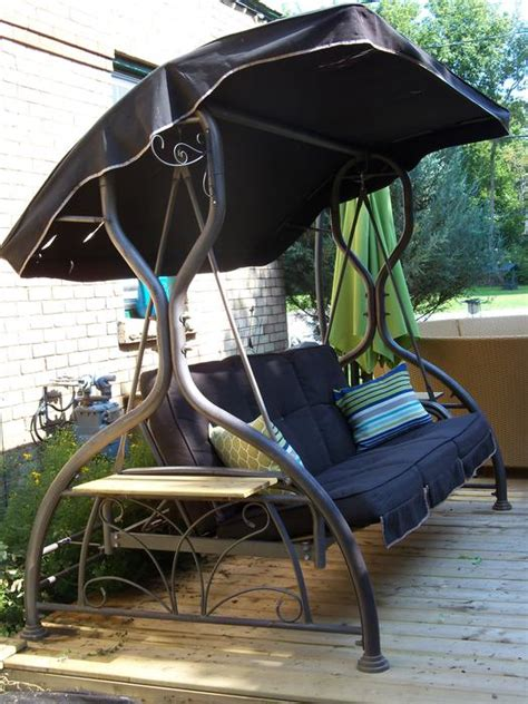 COSTCO LARGE PATIO SWING & DAYBED WITH CANOPY *** CAN
