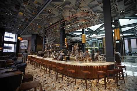Starbucks Debuts in Italy, Betting New Roastery Will Win